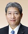 亀山 満 氏